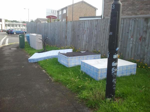 Fly-tipping on Pennywell Road, Easton